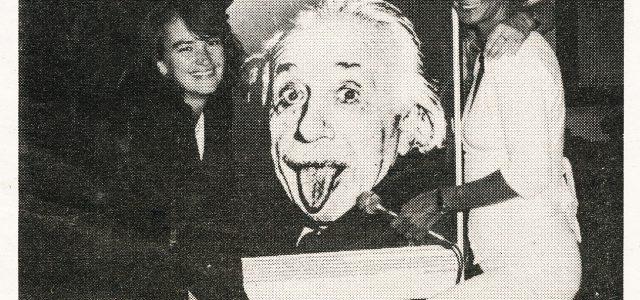 Melline Mollerus gezongen bij Mrs Einstein